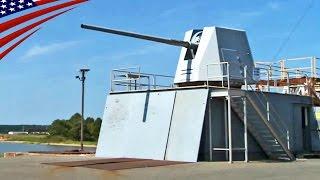 地上に設置した大型艦載砲(Mk45 5インチ砲 & Mk46 30mm砲)の実弾射撃試験