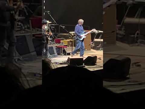 Badge. Eric Clapton Live in Las Vegas