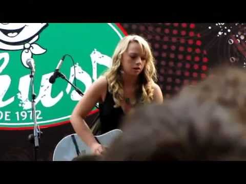 Girls with GuitarsDani Wilde Samantha Fish Cassei Taylor - Hondarribia blues 2011