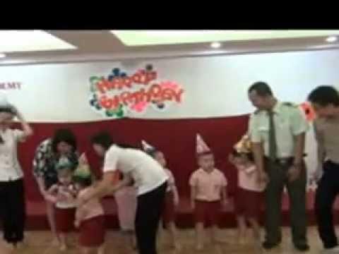 Hat mung sinh nhat cua be tai Truong Mam Non Saigon Academy