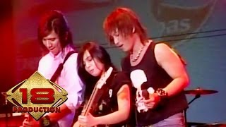 J-rocks Feat Prisa - Kau Curi Lagi  Live Konser Gresik 7 September 2007