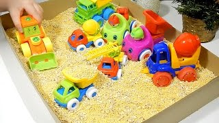 Videos for kids: Playing with construction machines.