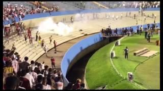 Imagens da pancadaria envolvendo torcedores do Vila Nova e Goiás