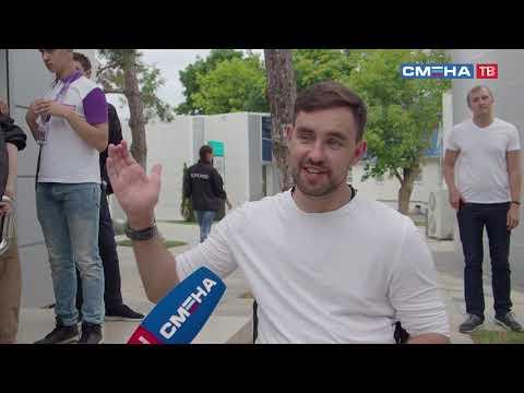 В «Смене» участники программы «Волонтер» встретились с первым парадайвером России!