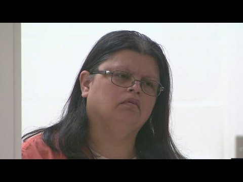 Hillsboro woman faces 12 counts criminal mistreatment