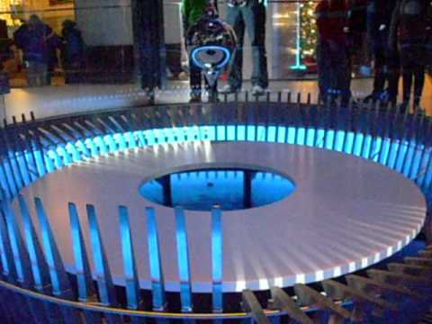 Foucault Pendulum at the Chicago Museum of Science and Industry