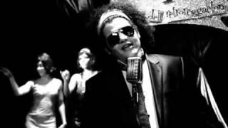 """Pibe """"El Rey del Retro"""" - Fue en un Café (feat. Big Metra)"""