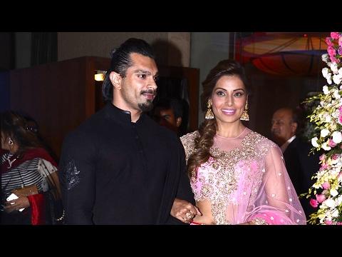 Bipasha Basu With Husband Karan Singh Grover At Neil Nitin Mukesh's Wedding Reception 2017