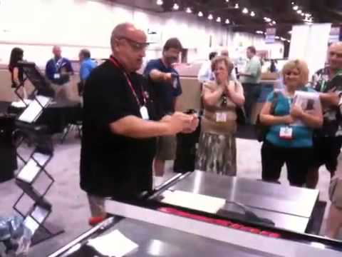 SawStop hot dog demo