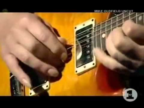 MOONLIGHT SHADOW - MIKE OLDFIELD  GUITAR SOLO LIVE