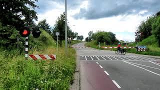 Spoorwegovergang/Bahnübergang Vroenkuilerweg, NL-Simpelveld(Neu bearbeitet)