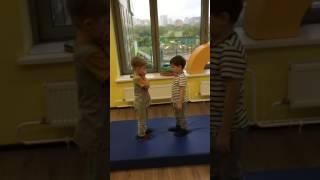 Детская тренировка. Обучение басовым навыкам. Детский бокс