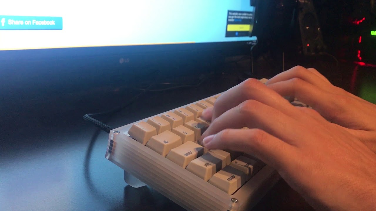 SKCM Orange Alps with Acrylic case and Plate (Typing Test)