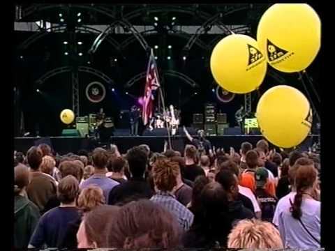 Oasis - Go Let It Out - Live @ PinkPop 2000 [HQ] #1