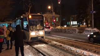 """Саратовский водитель провел """"эксперимент"""" и час ждал трамвая на морозе"""