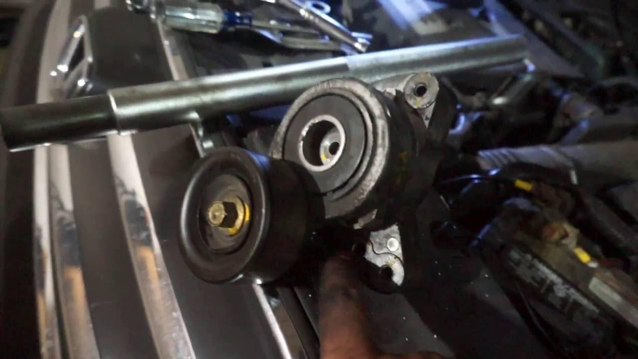 Honda Accord: Automatic Seat Belt Tensioners