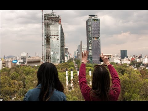 This is the Mexico They Never Show on TV — Paseo de la Reforma, Mexico City (CDMX)