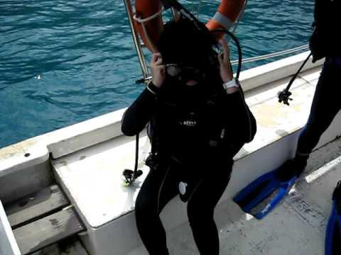 Scuba Madness Singapore Open water dive 30 Aug 09