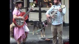 Girl Singer Busking in New Orleans.
