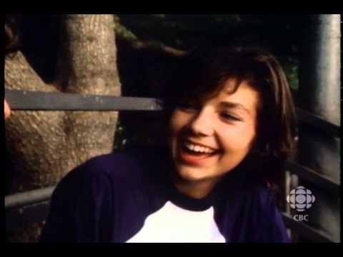 RetroBites: Justine Bateman (1983) | CBC