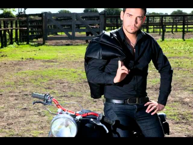 ALEJANDRO JUNIOR   FUEGO Y PASION   By Jabaly  2 Videos De Viajes