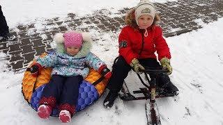 Снегокат или Тюбинг (бублик плюшка сноутюбинг надувные сани) Что купить Обзор и сравнение