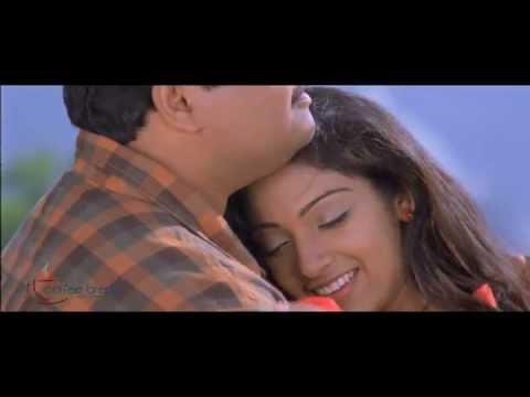Aaro Aaro ennariyathe Song Lyrics - ആരോ ആരോ എന്നറിയാതെ - Crocodile Love Story Movie Song Lyrics