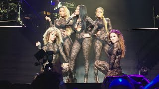 "Nicki Minaj ""Feeling Myself"" - The Pink Print Tour : Houston Texas"