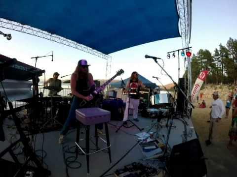 """Scott Pemberton Trio performs """"Juice Box"""" - Lake Tahoe, CA"""