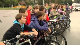 «Безопасное колесо» снова в Королёве(Преодолеть препятствия и стать первым. Более полусотни школьников сегодня сдавали экзамен на вождение...., 2012-09-04T16:47:00.000Z)
