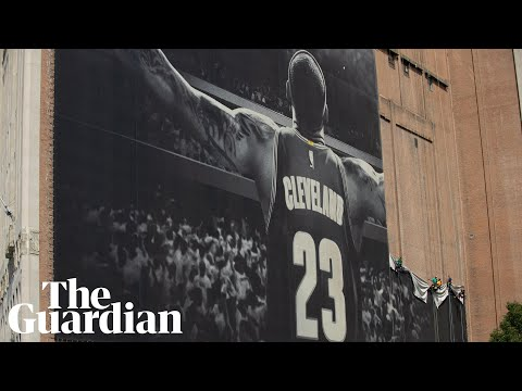 Iconic LeBron James Banner Comes Down In Cleveland As Lakers Sign NBA Star