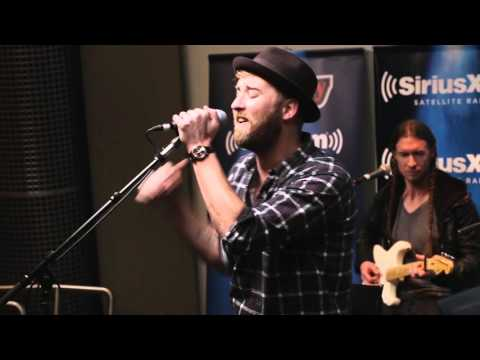 """Charles Kelley """"Set Fire To The Rain"""" Adele Cover LIVE @ SiriusXM // The Highway"""