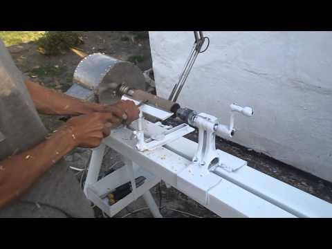видео: токарный станок по дереву своими руками
