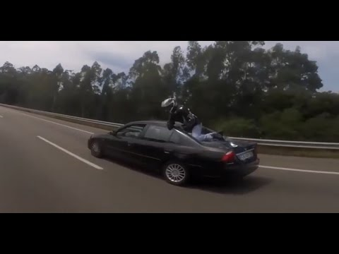 Motorcycle accident with a perfect landing!