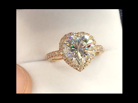 Heart shape Diamond Halo Engagement Ring in Rose Gold
