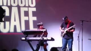 Takahiro Izumikawa solo with Timothy Bloom