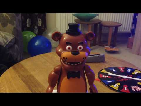 Five Nights at Freddy's Jumpscare Game - Little Sister Terrified!