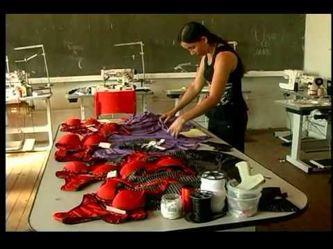 da1a755c1 Curso gratuito de costura de lingerie - YouTube