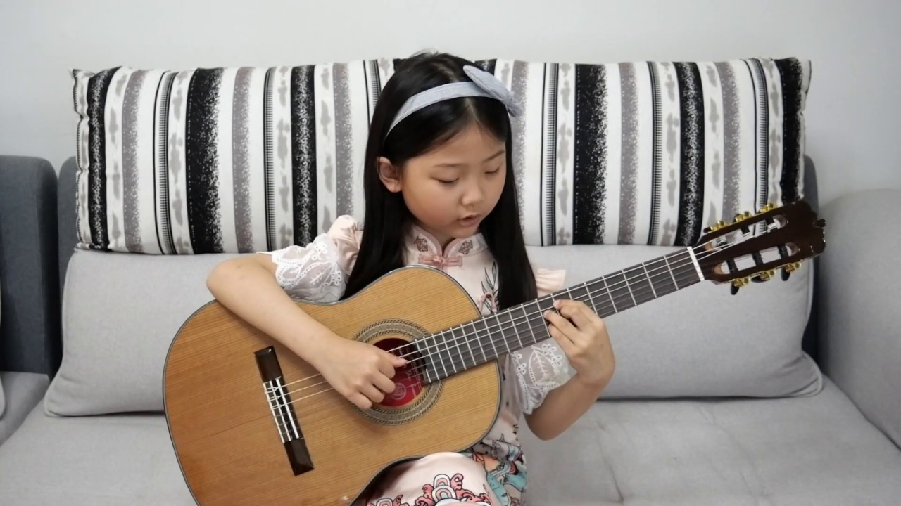 Jasmine Flower A Song From Miumiu S Hometown 茉莉花一首来自miumiu家乡江苏的民歌 Youtube
