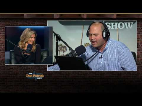 Charissa Thompson Serenaded by Fritzy (5/2/17)