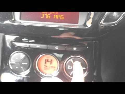Citroen Ds3 2013 inside the car