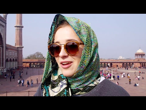 DOUCMENTRY ON JAMA MASJID, DELHI | HANGOUTS WITH TOURISTS | THE LARGEST MOSQUE IN INDIA