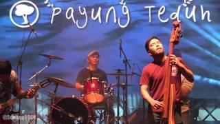 Payung Teduh - Cerita Tentang Gunung Dan Laut @ Synchronize Fest 2016 [HD]
