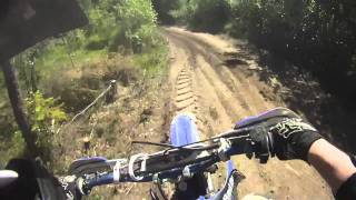 Yz 250 - What happens when you´re riding too fast with a bald rear tire. GoPro HD