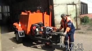 Дорожные машины(Машина для ремонта и содержания автодорог РД-927. Самоходный заливщик швов и трещин в асфальтобетонных и..., 2011-10-02T07:25:55.000Z)