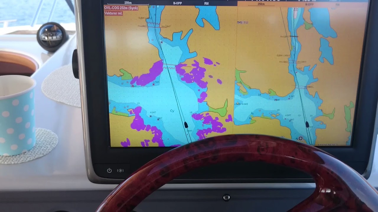 Raymarine A125 Multifunction Display With Rd418d Digital 125 Gps Antenna Wiring Diagram Radome Radar