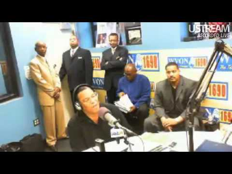 Minister Farrakhan Warns U.S. Gov't  To Handle Occupy Wallstreet Protests Properly