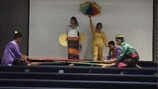 Maranao Singkil Dance Practice 2012-04-19 AM at NIU