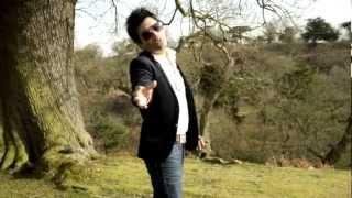 Baixar Waze B - ''Never Let You Go'' Official Video 2012