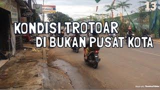 PENAMPAKAN TROTOAR DI PINGGIRAN KOTA INDONESIA